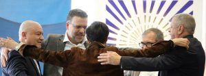 The FARC and victims of a 2003 attack in Bogotá reaffirm their reconciliation