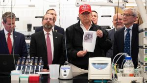 Health Authorities During Trump's Visit To The CDC: We Expect To Have Four Million Coronavirus Tests