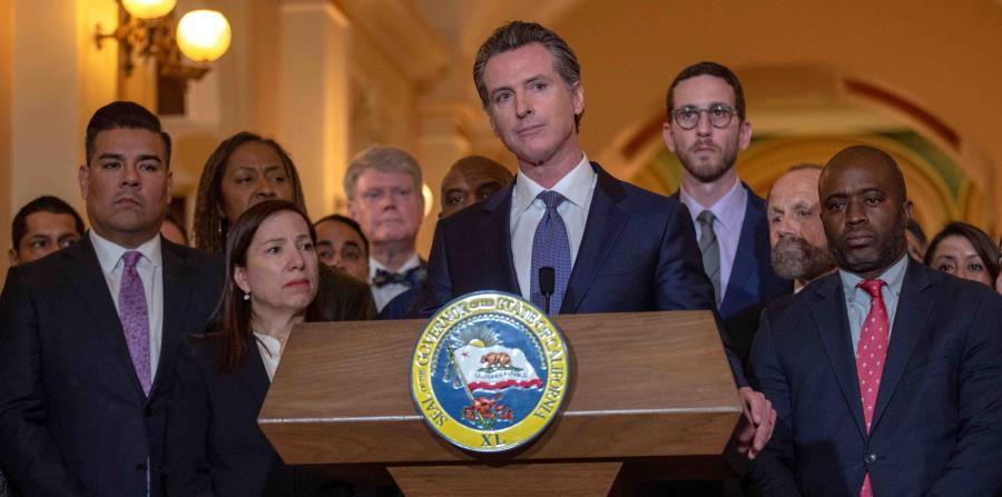 California governor orders 40 million residents to stay at home