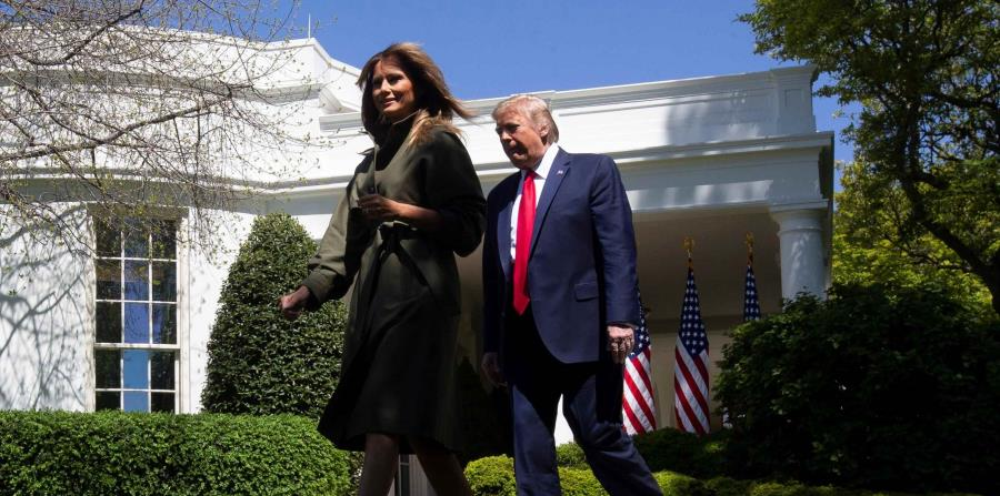 Melania Trump celebrates her 50th anniversary confined in the White House by COVID-19