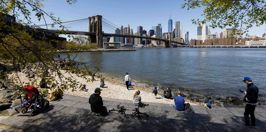 New York begins detailing the criteria for its reopening from mid-May