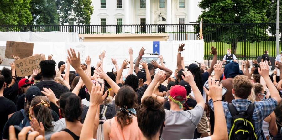 Protests over George Floyd's death reach the White House and CNN building