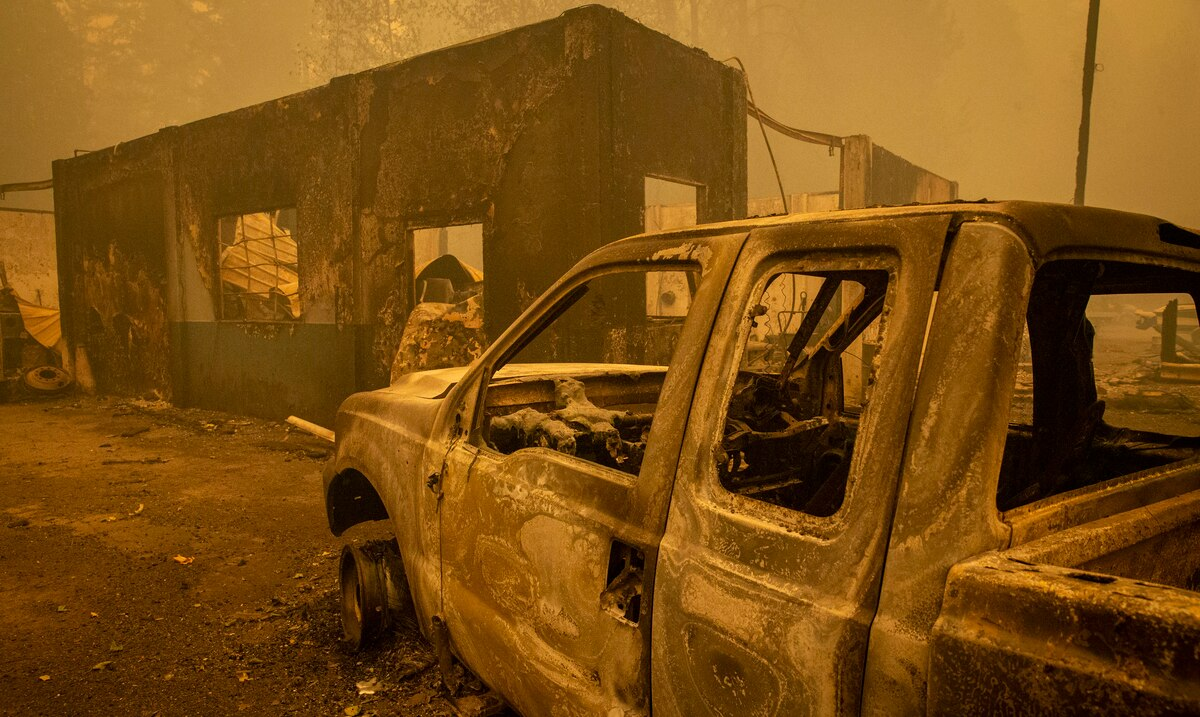 More than half a million people evicted by fires in Oregon