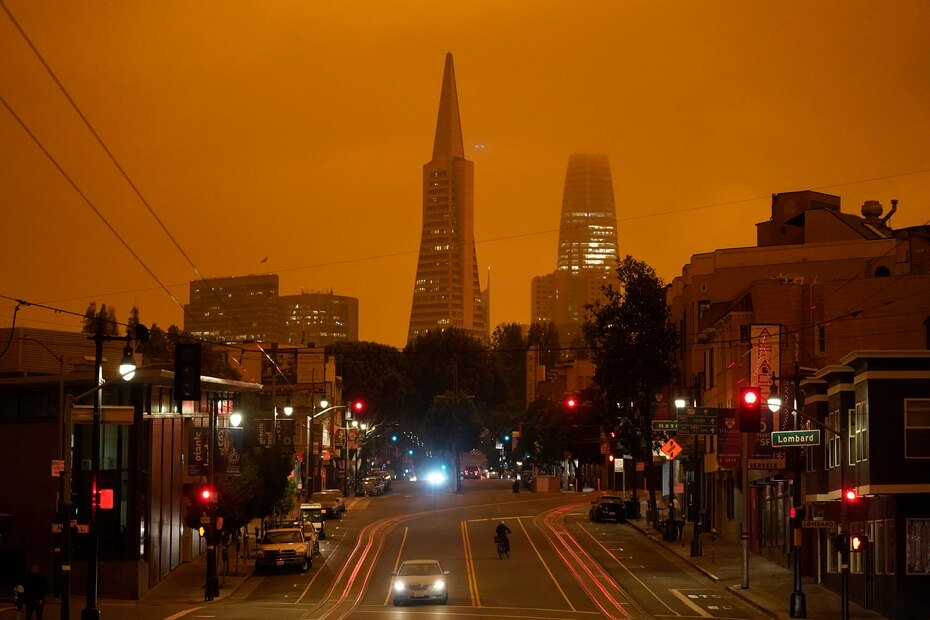 A view of Columbus Avenue in San Francisco covered by smoke from the fires.
