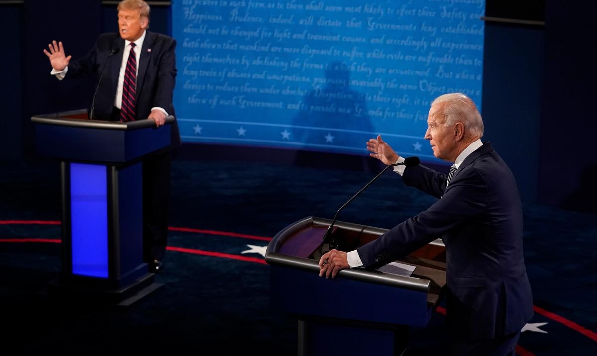 """Donald Trump accuses Joe Biden's son of corruption and the democrat calls him a """"clown"""""""
