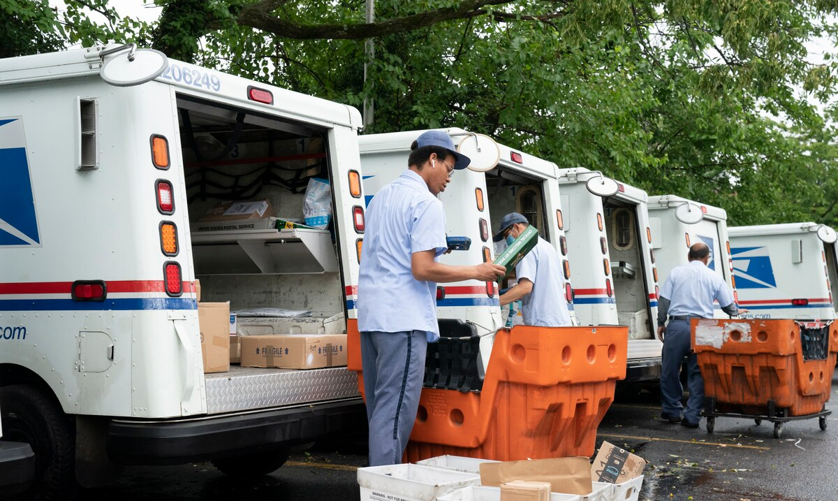 Judge blocks changes that place obstacles on the work of the United States Postal Service