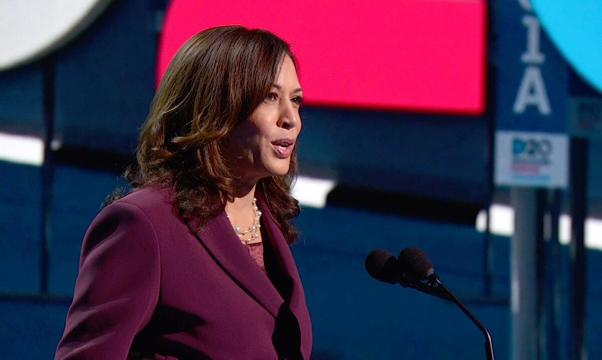 Kamala Harris vows to be a voice for Latino business in the White House