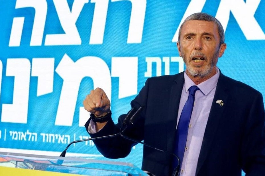 Israel - Rafi Peretz: The minister for Jerusalem tested positive in the summer, during a spike in cases across the country, and he's now recovered.