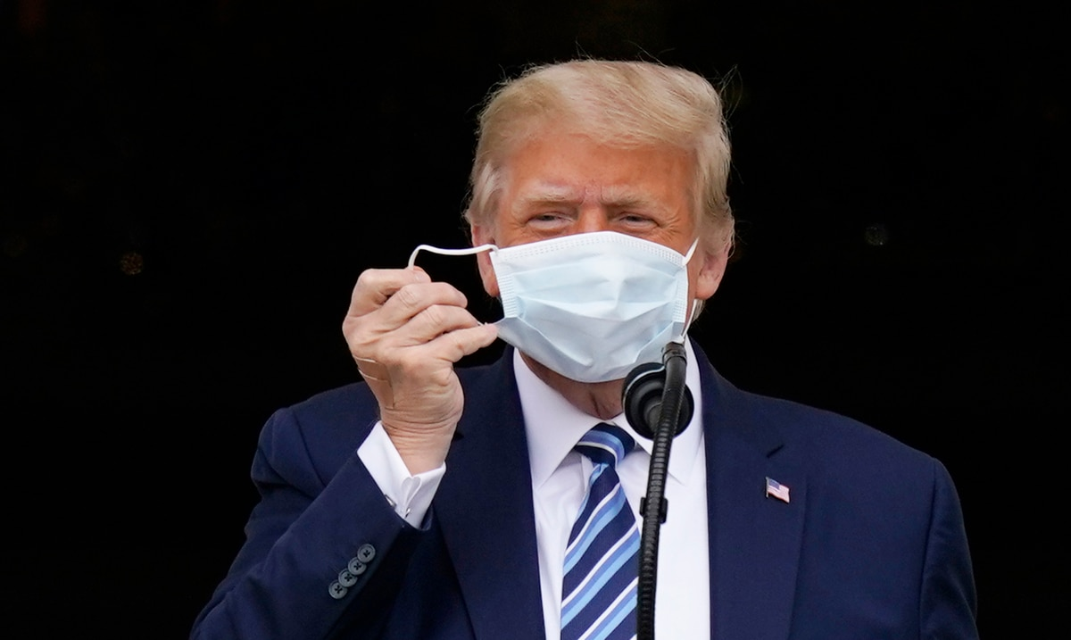 """Donald Trump's doctor: the president no longer represents """"a risk of transmission"""""""