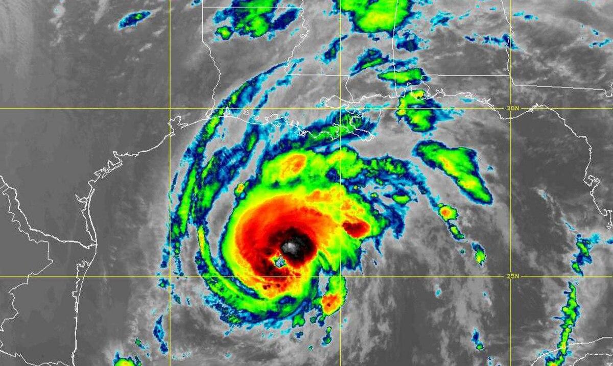 Louisiana prepares to welcome Zeta, the third hurricane to hit that state this year