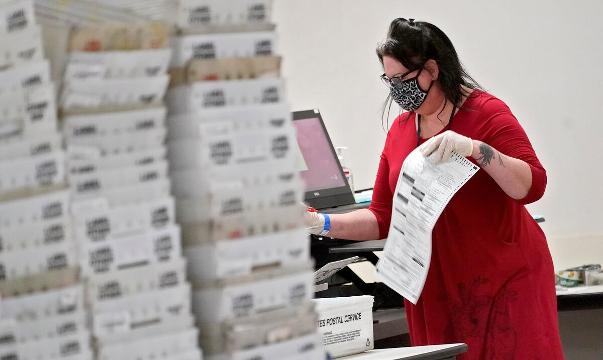 Pennsylvania Republicans go to Supreme Court to segregate votes received after November 3