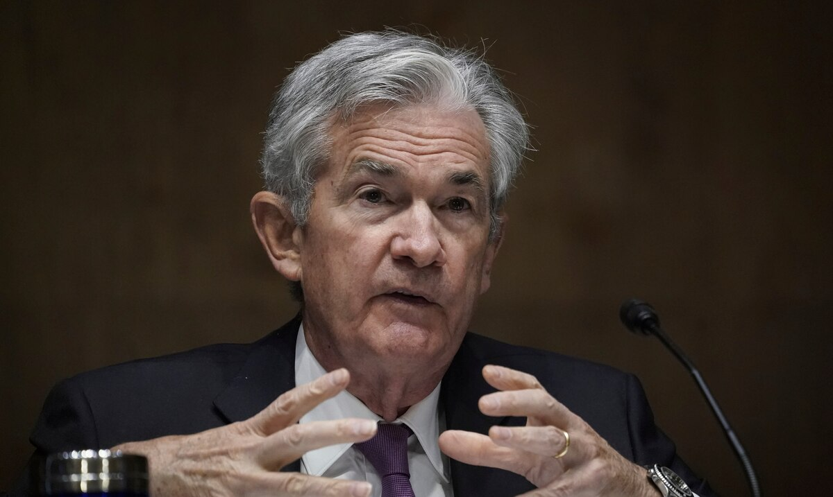 The chairman of the Federal Reserve maintains that the pace of the US economy has moderated