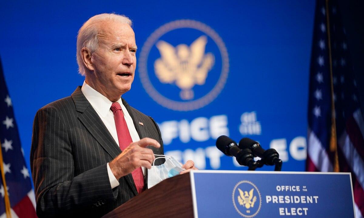 Joe Biden will not immediately withdraw tariffs imposed on China by Donald Trump