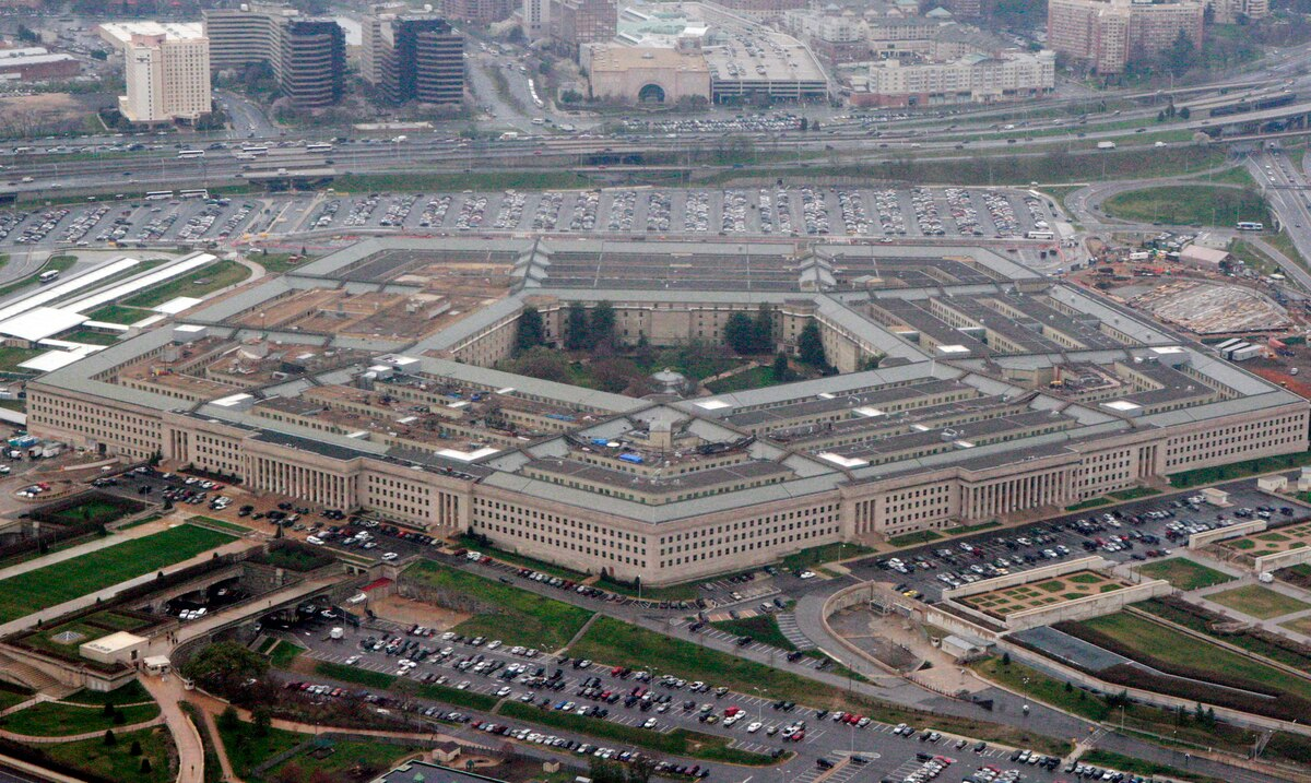 Joe Biden's transition team claims it has little cooperation from the Pentagon