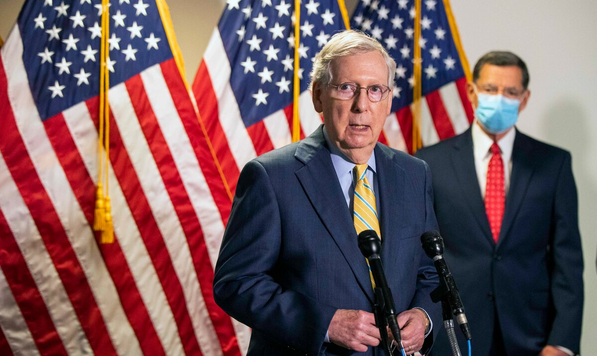 Mitch McConnell breaks ranks with Donald Trump and urges the Senate to approve the Defense policy proposal