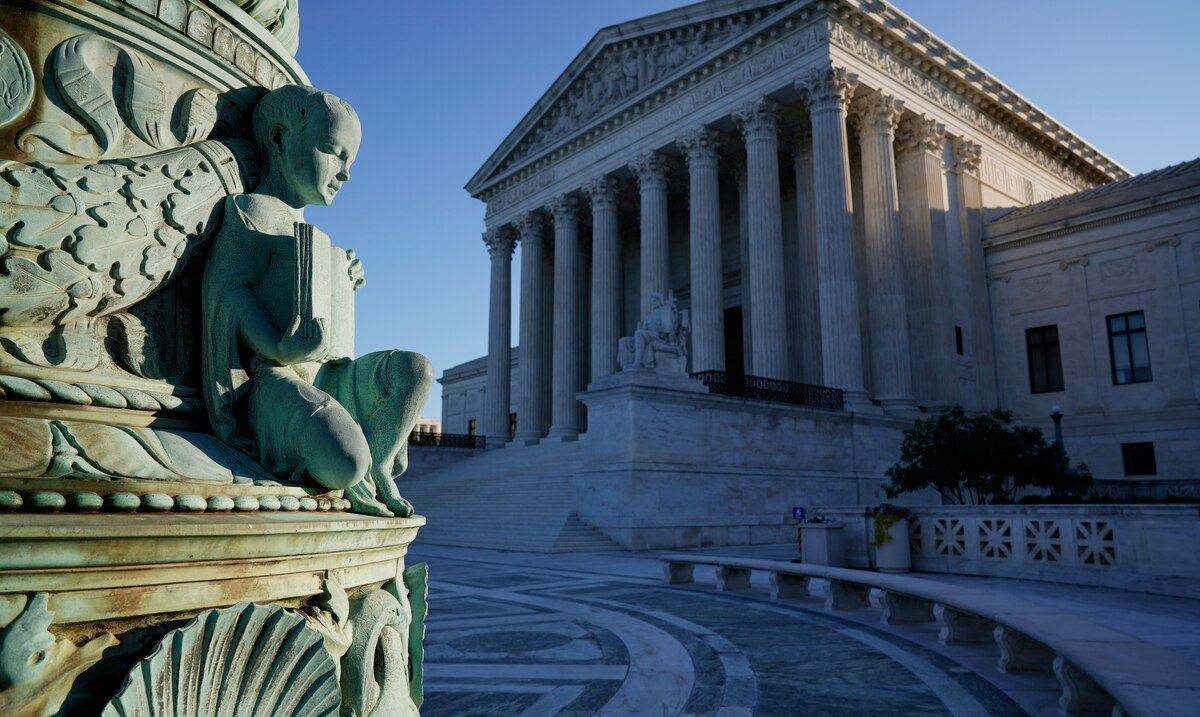 Supreme Court rejects Republican petition to reverse election certification in favor of Joe Biden
