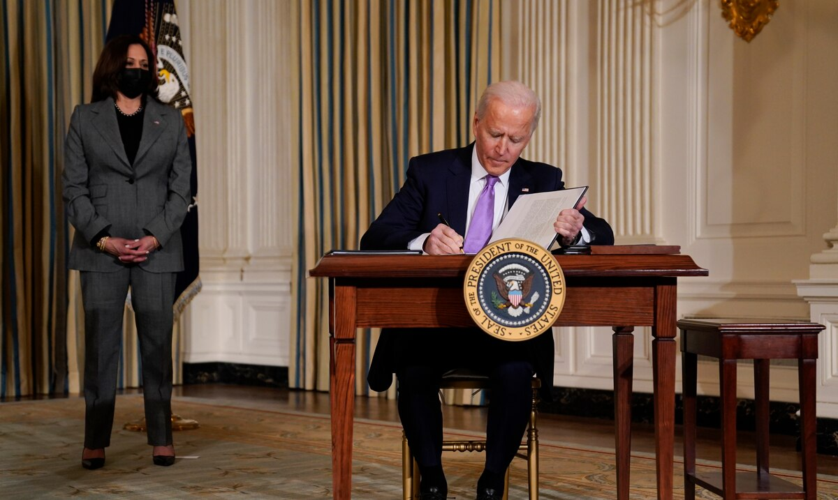 Joe Biden orders an end to the use of private prisons