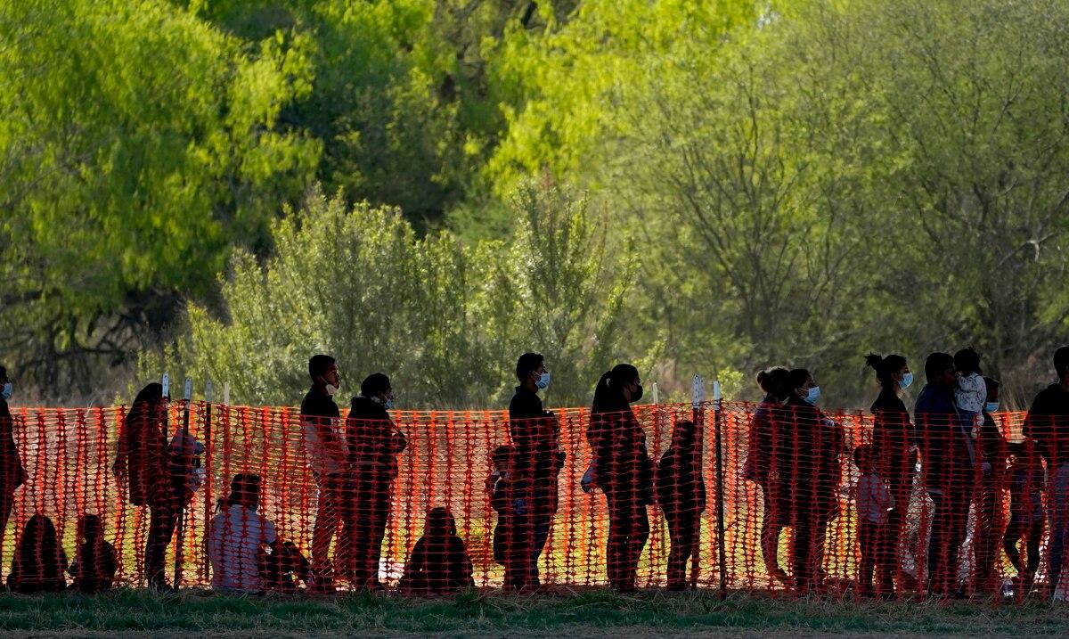 La desesperación y un cambio de políticas alientan nuevas olas migratorias a los Estados Unidos