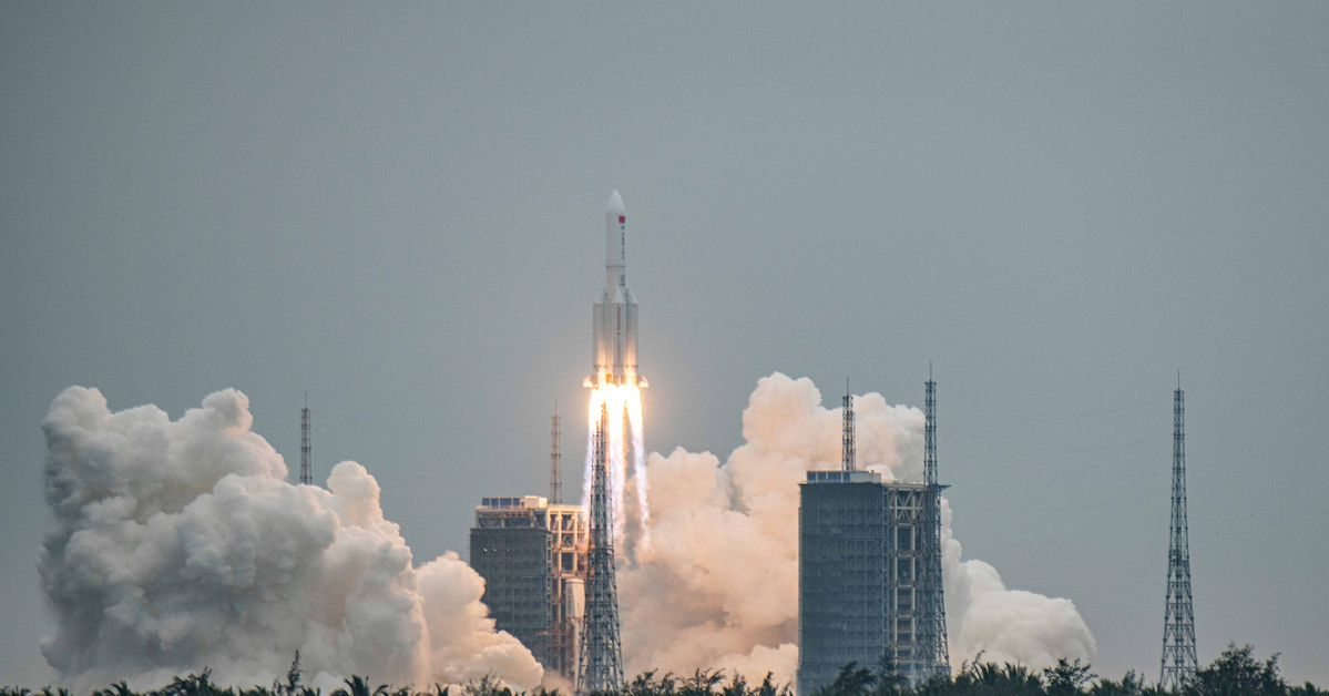 The Remains Of The Chinese Rocket Fall Into The Indian Ocean Without Causing Damage
