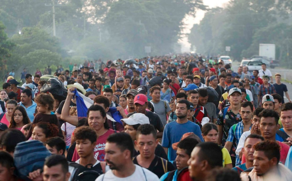 Some 5,000 people resumed the caravan to the United States on Sunday.