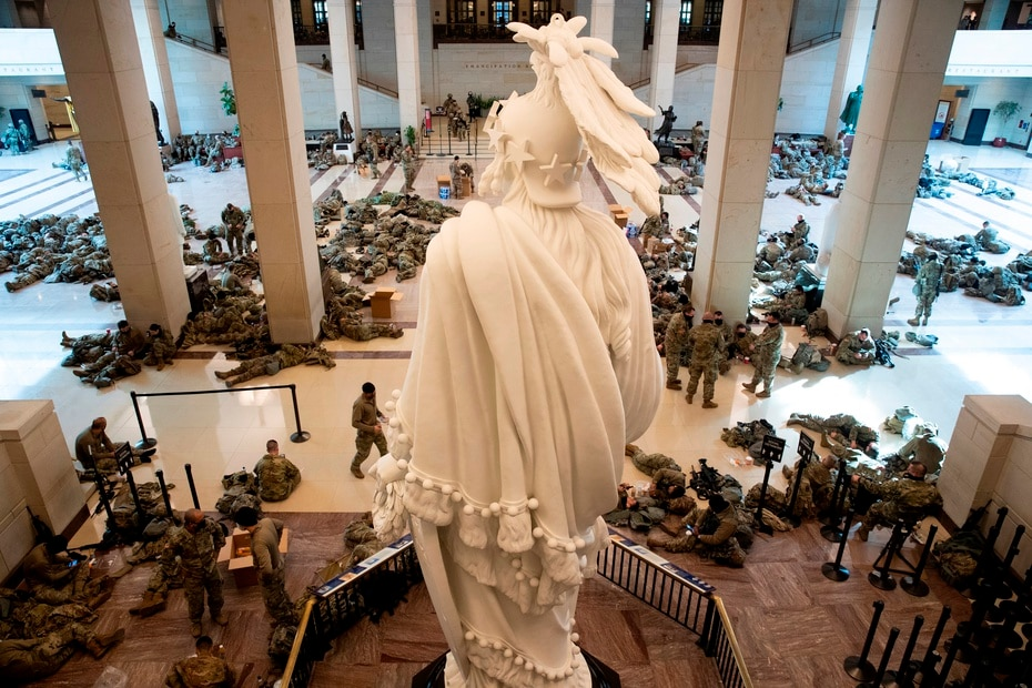 To the figure will be added the bodies of the Capitol Police, the National Park Police, the local police of Washington and the Secret Service.