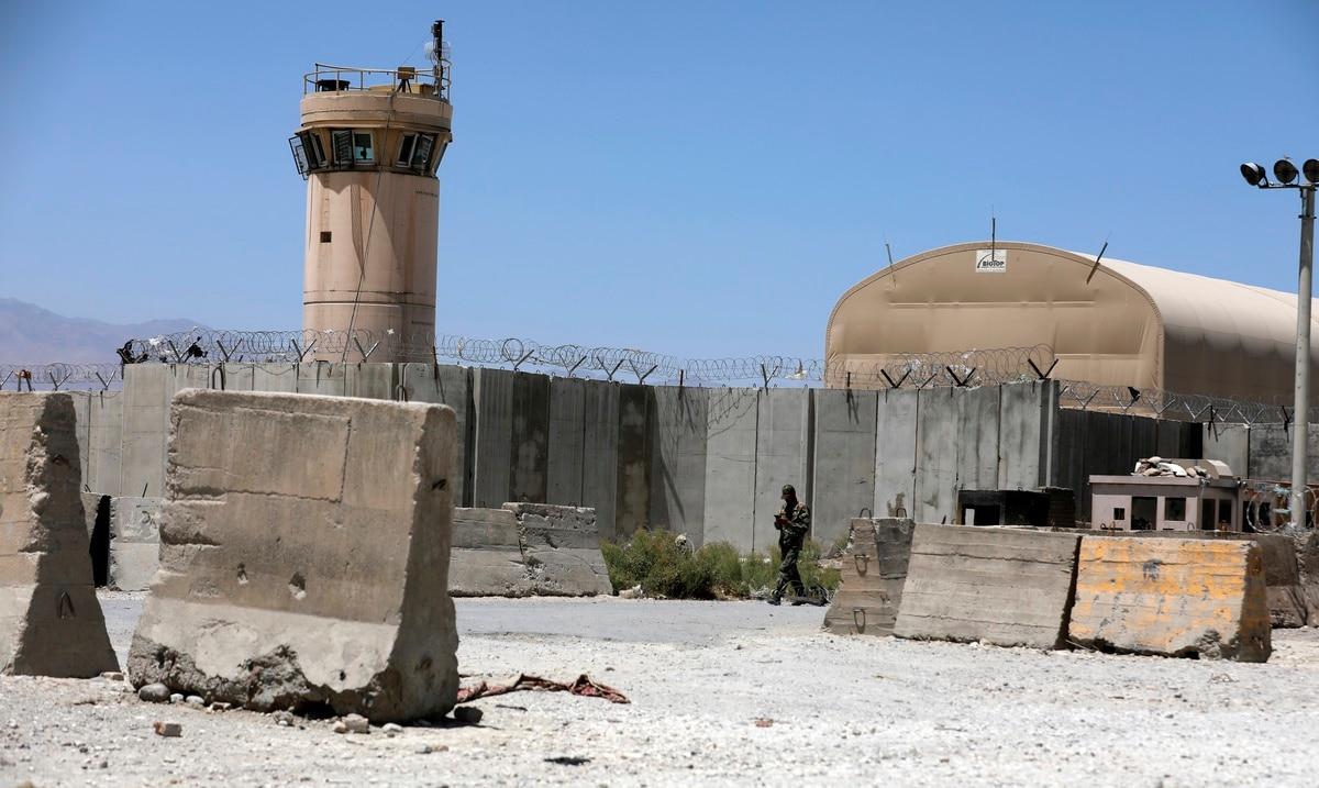 US militia leaves Bagram Air Base, center of war against Taliban