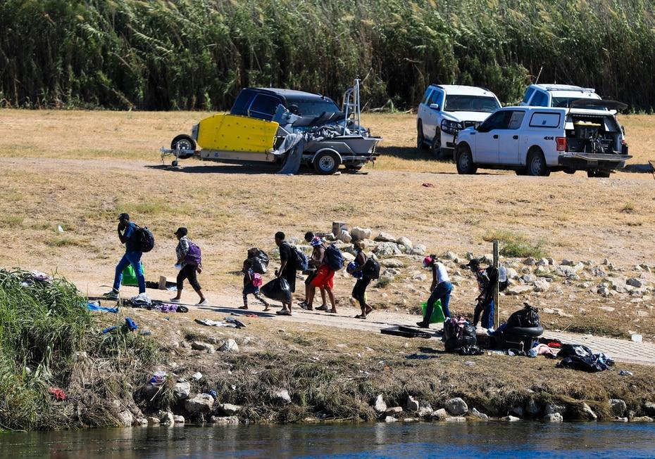 Al igual que Channone, otras 15,000 personas pensaron que podrían ingresar a los Estados Unidos, pero se toparon con la realidad de que la frontera continúa cerrada para personas sin la documentación necesaria.