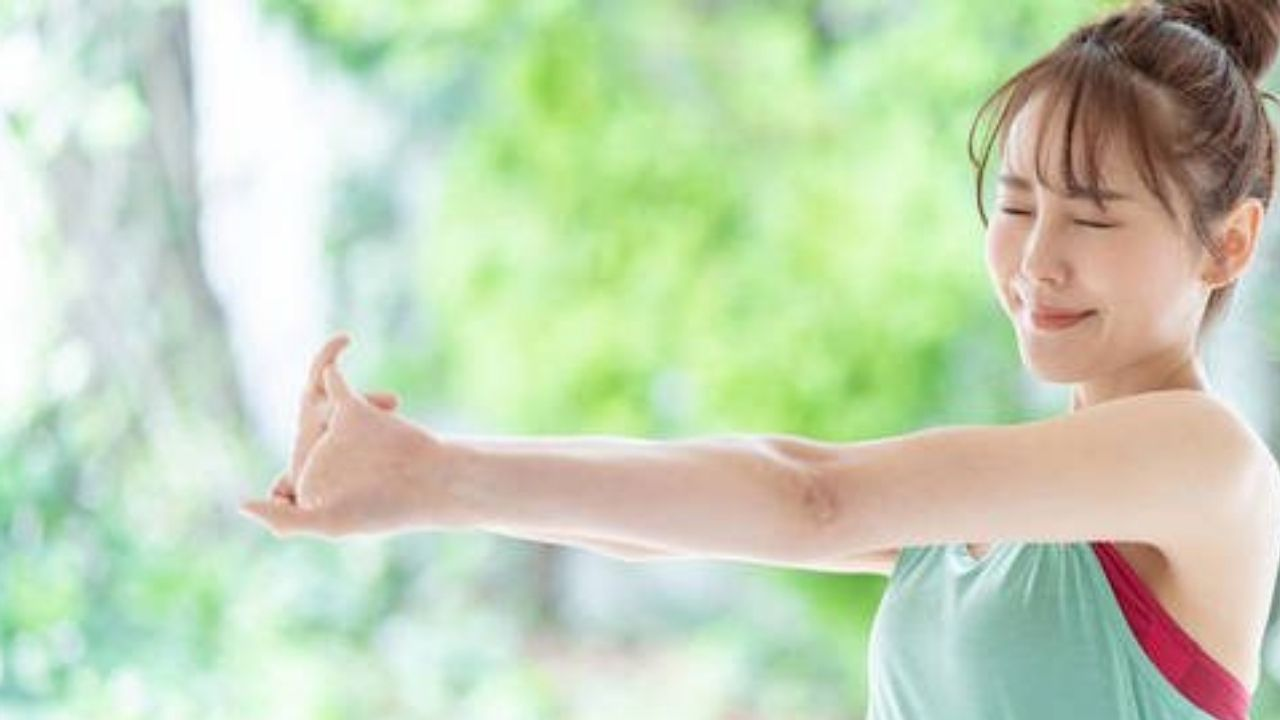 The Japanese Method To Lose Weight With Just 10 Minutes Of Exercise And a Tennis Ball