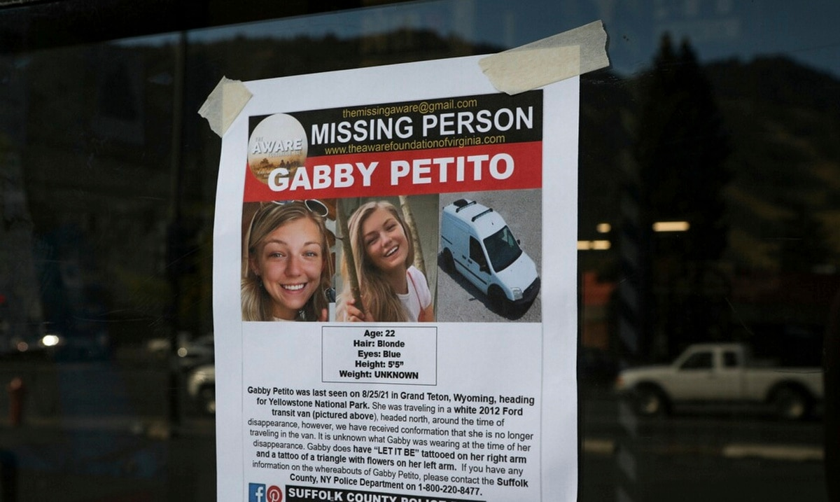 Who was Gabby Petito ?: the strange case of a missing young woman in the United States