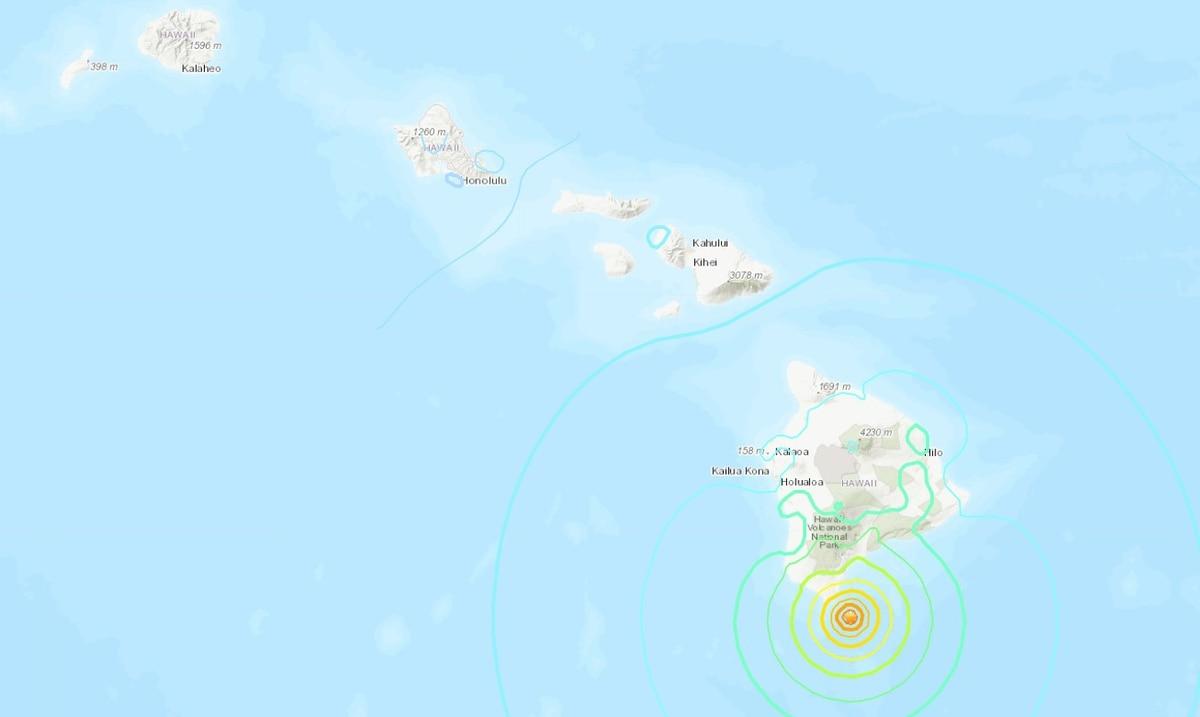 Two strong earthquakes shake Hawaii