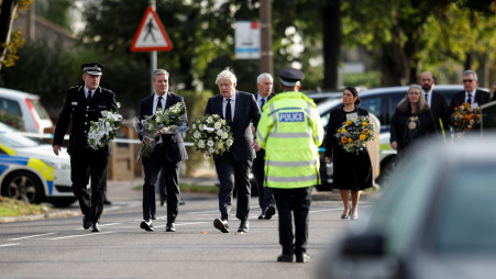 """The Police Consider a """"terrorist Incident"""" The Assassination Of British MP David Amess"""